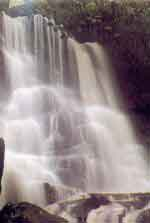 Chat Trakan Waterfall, Click to zoom